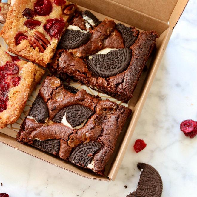 Brownies, Blondies en Rocky Road per post