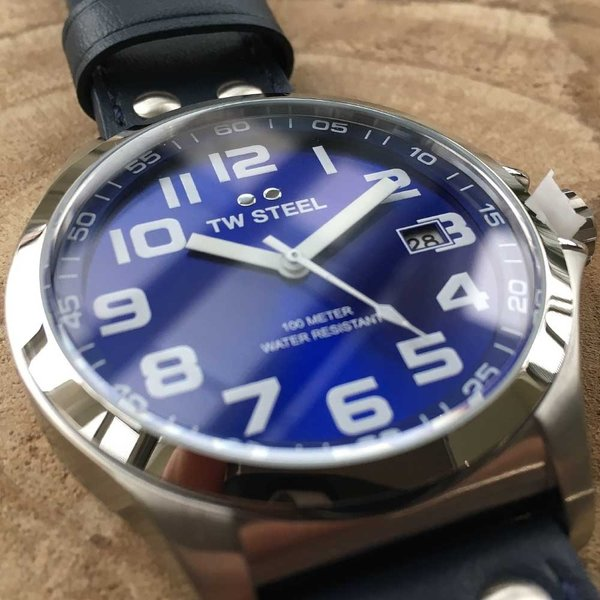 TW Steel TW Steel TW400 Pilot watch 45 mm
