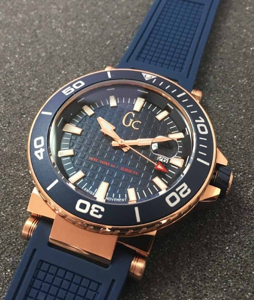 Gc Guess Collection Gc Guess Collection Y36004G7MF Diver Code mens watch 44 mm