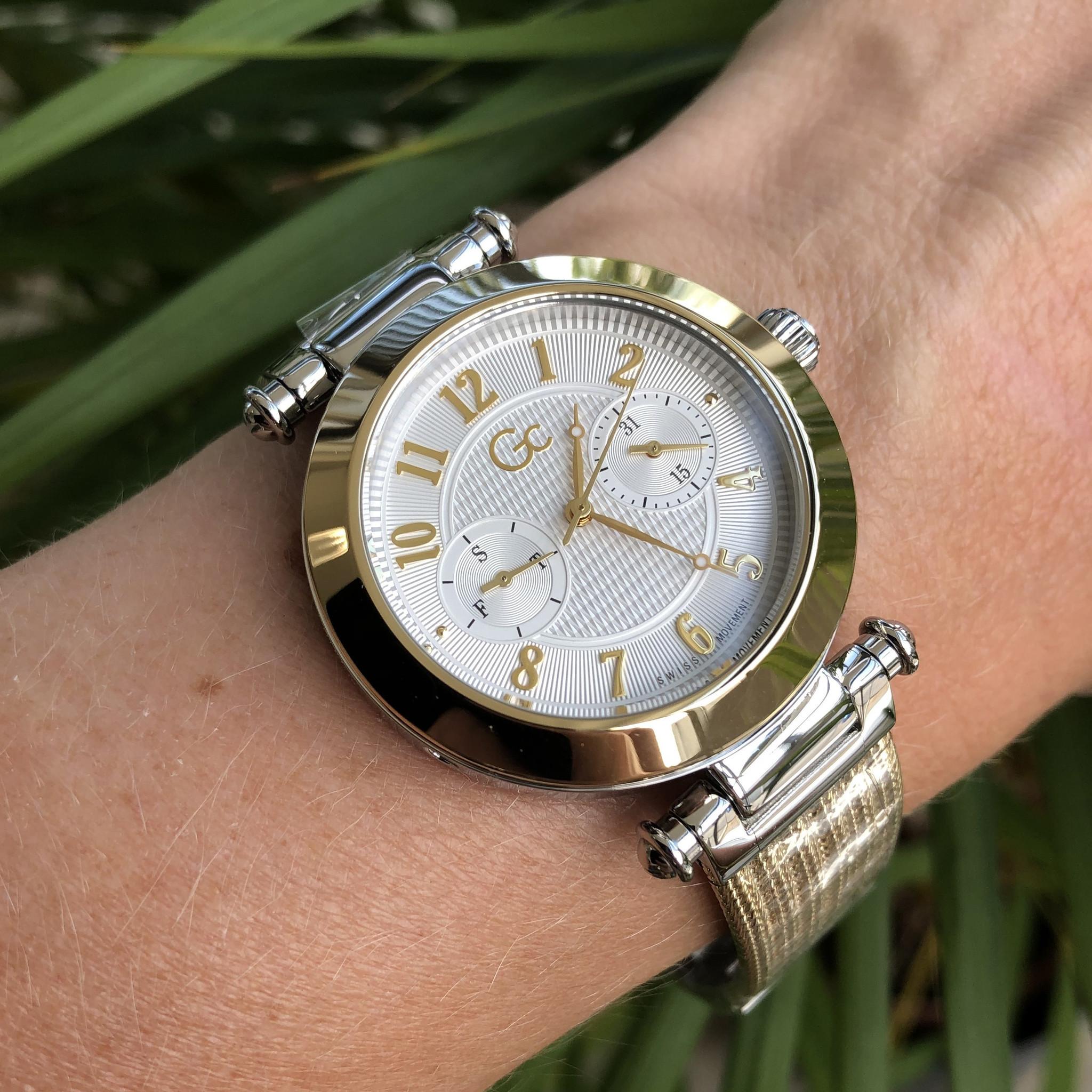 Gc Y48004L1MF dames horloge