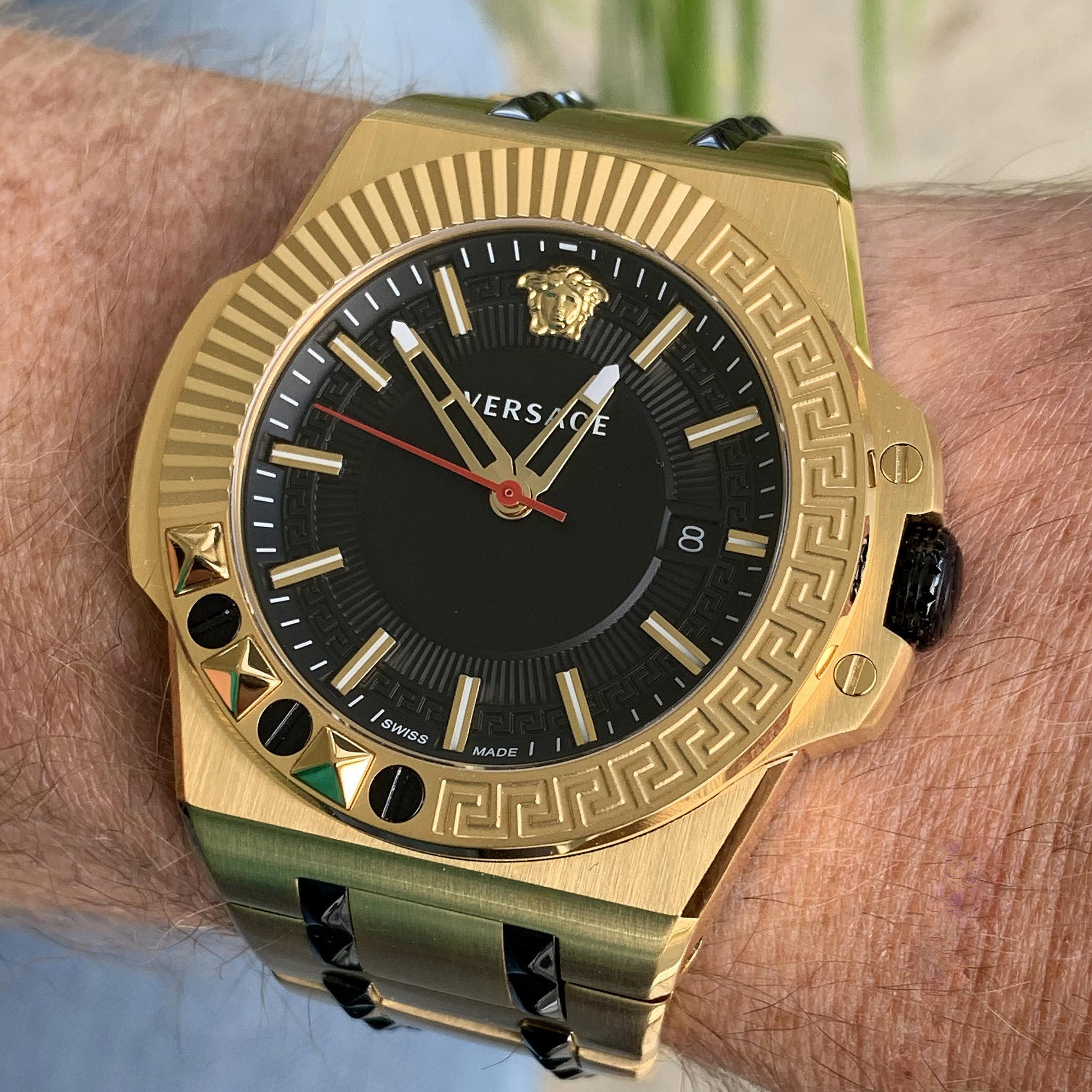 Luxe horloges: Versace VEDY00619 herenhorloge