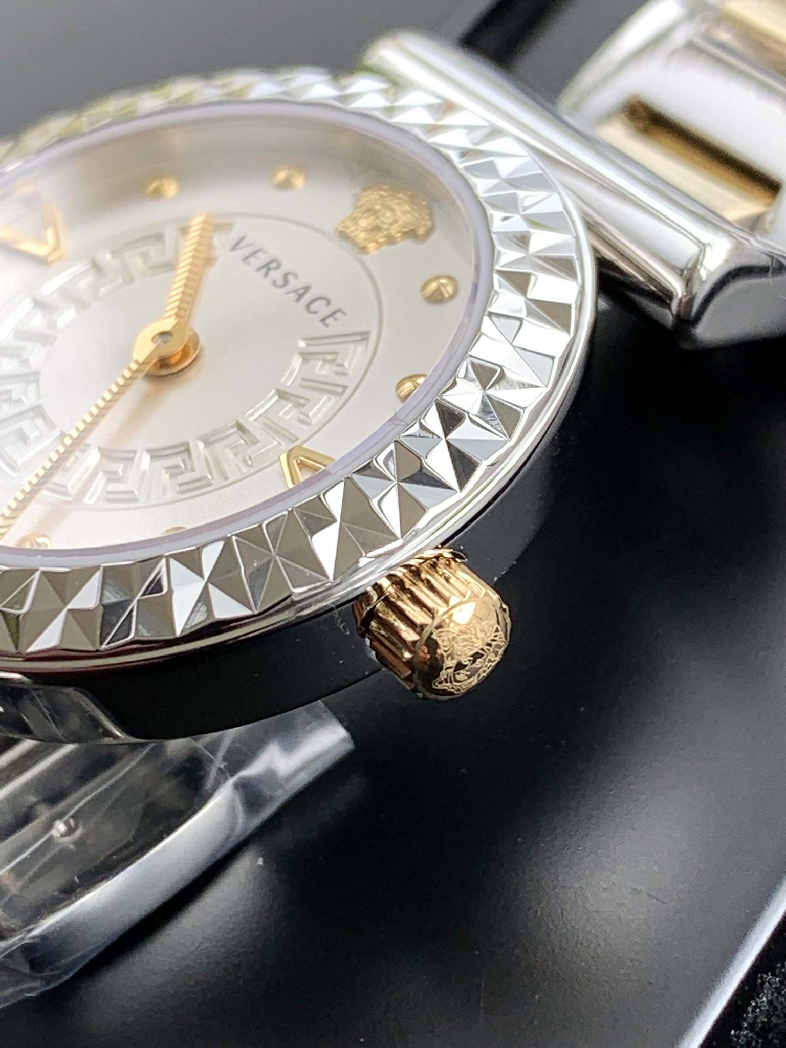 VEAA00418 horloge