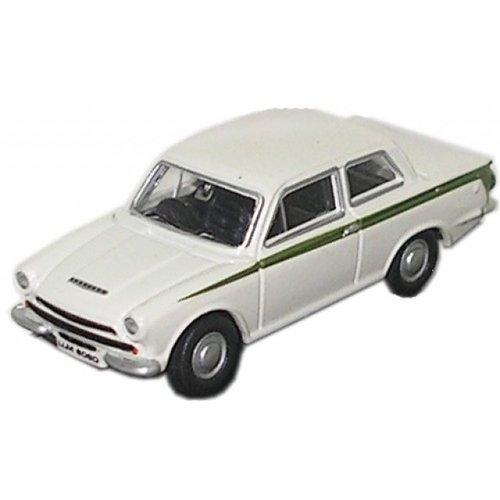 Ford Cortina MKlll Wit 1:76
