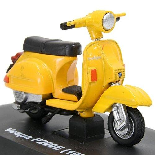Vespa P200E 1978 miniatuur 1:32