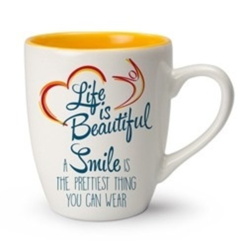 Life is Beautiful mok A smile is the prettiest thing you can wear