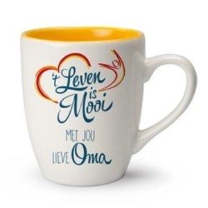 't Leven is Mooi mok Met jou lieve Oma
