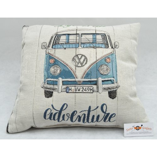 Volkswagen VW T1 Bus Life is an Adventure sierkussen 45x45 cm