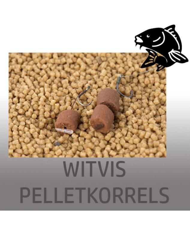 Witvis pelletkorrels