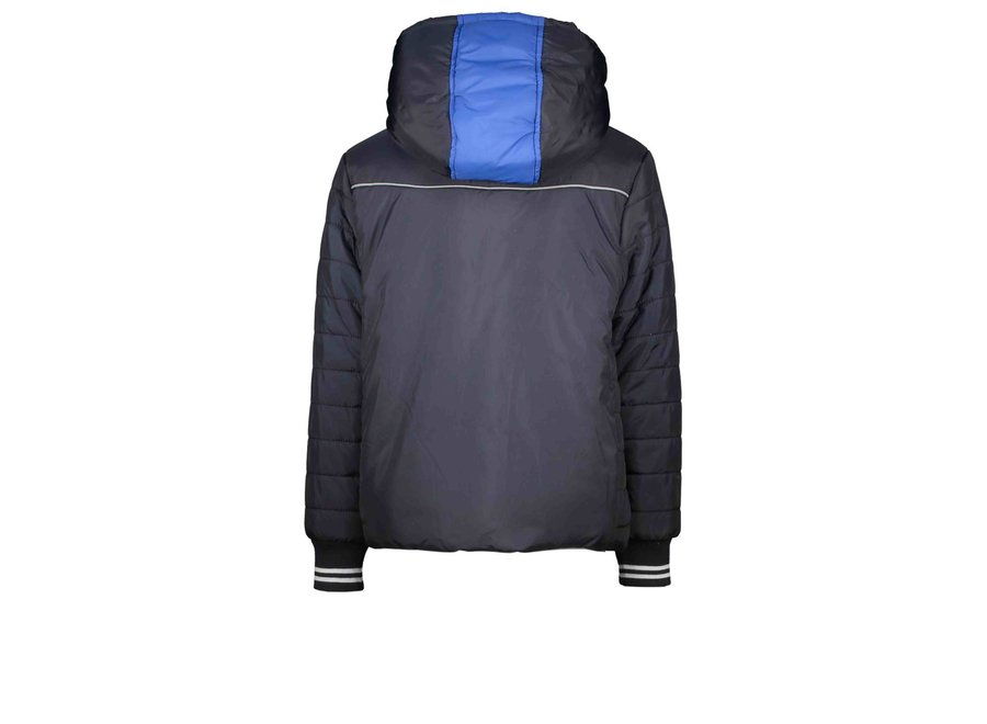 Boys jacket with small stroke stitching