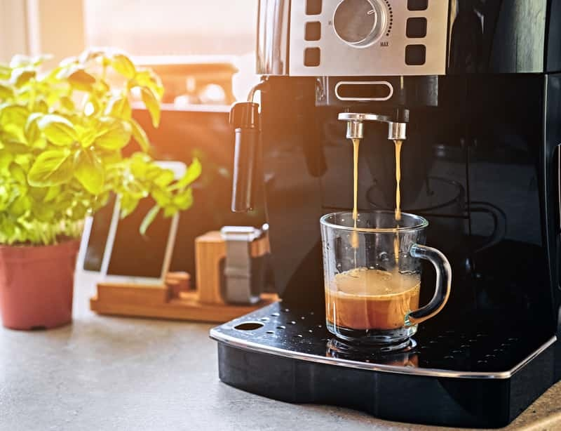 5 ONMISBARE TIPS voor je koffiemachine tijdens de zomer