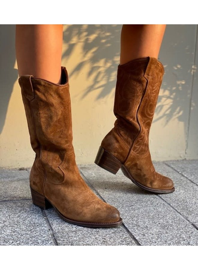 Dulce Western | brown leather suede
