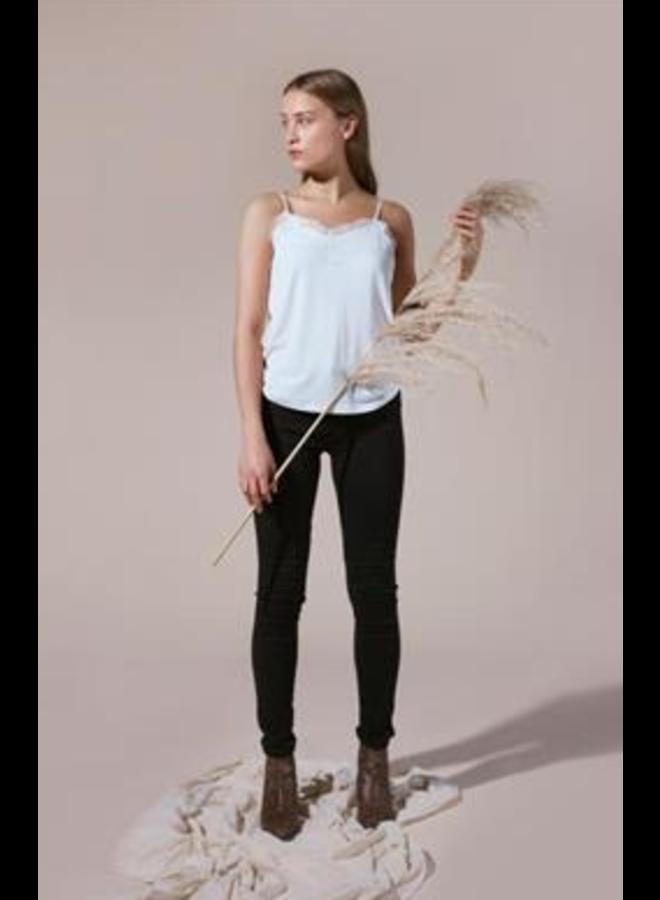 Ihlike to2 | cloud dancer