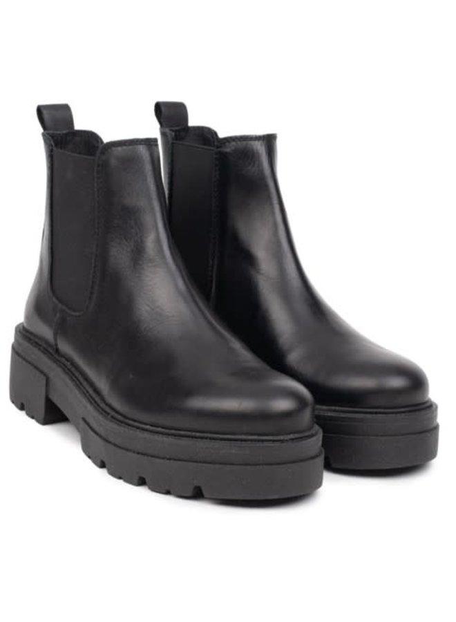 Shari Short Chelsea   black leather