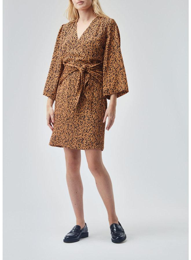 Isabella print dress | apricot leaf