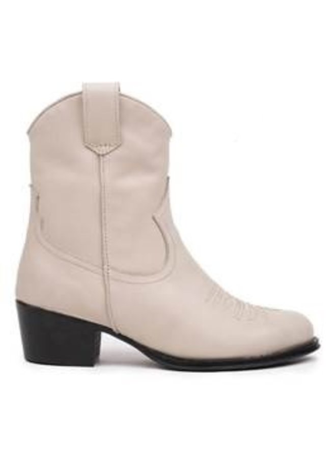 Dulce Western Short| beige leather