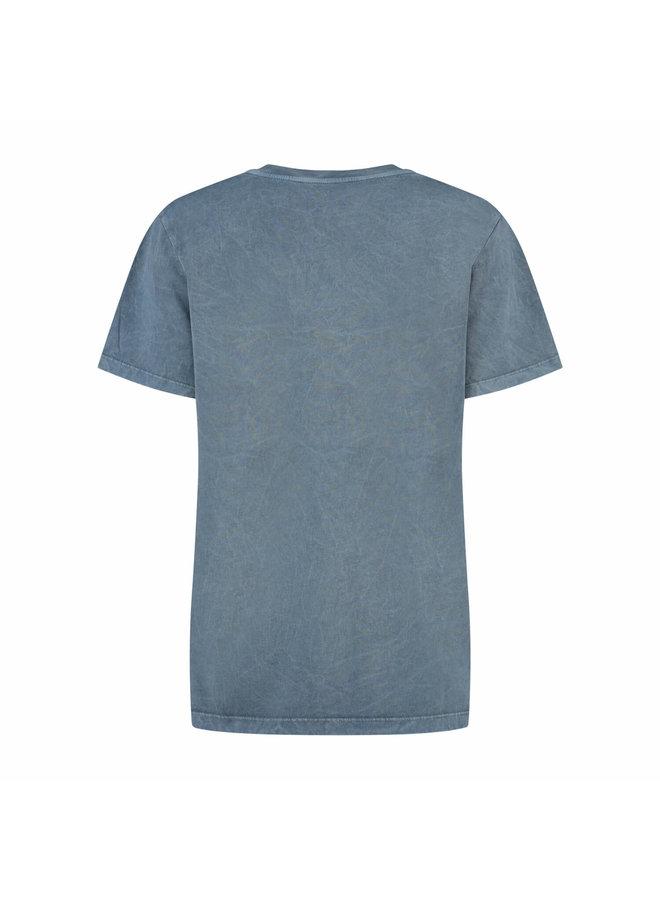 SURI TEE   bare blue washed