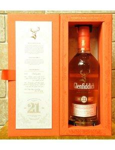 Glenfiddich Glenfiddich Reserva Rum Cask Finish 21YO