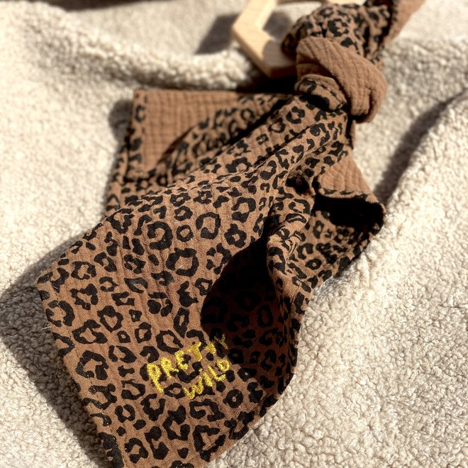 - LIMITED EDITION -  LEOPARD TEETHY LUCKY