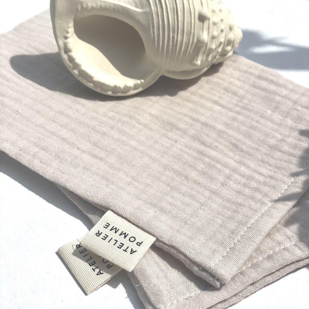 DIRTY CHEEKS - SET OF 2 WASH CLOTH - BEACHY BEIGE