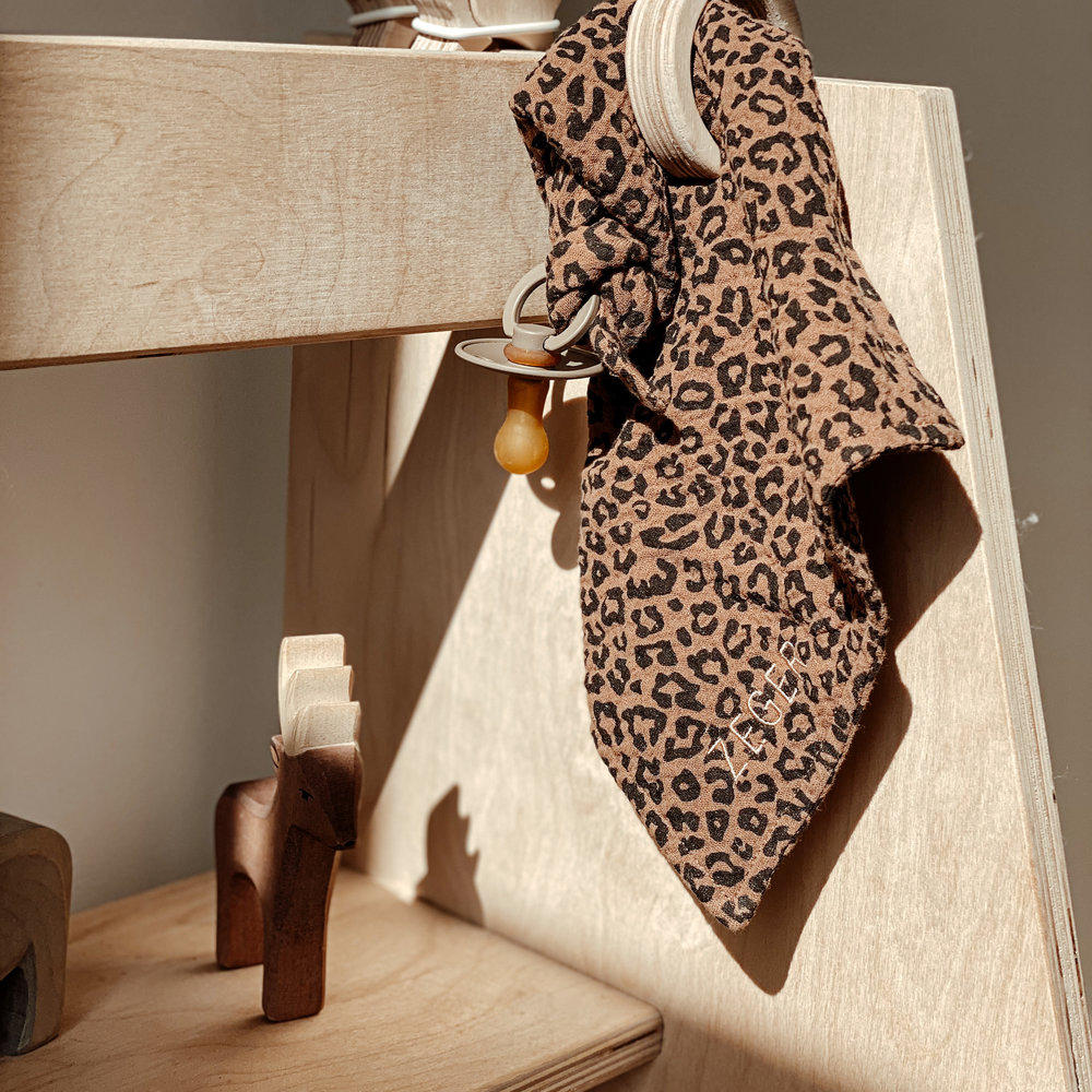 - LIMITED EDITION - LEOPARD CUDDLE