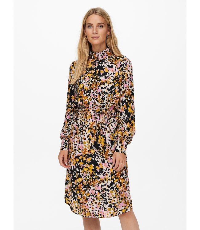 JDYCLAUDIA Below Knee Shirt Dress - Black Bold Leopard