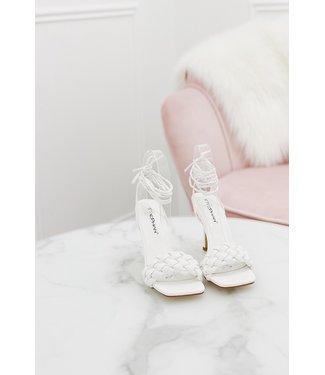 braid heels wit