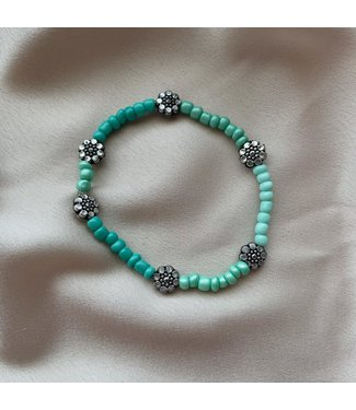 Blue bloom armband