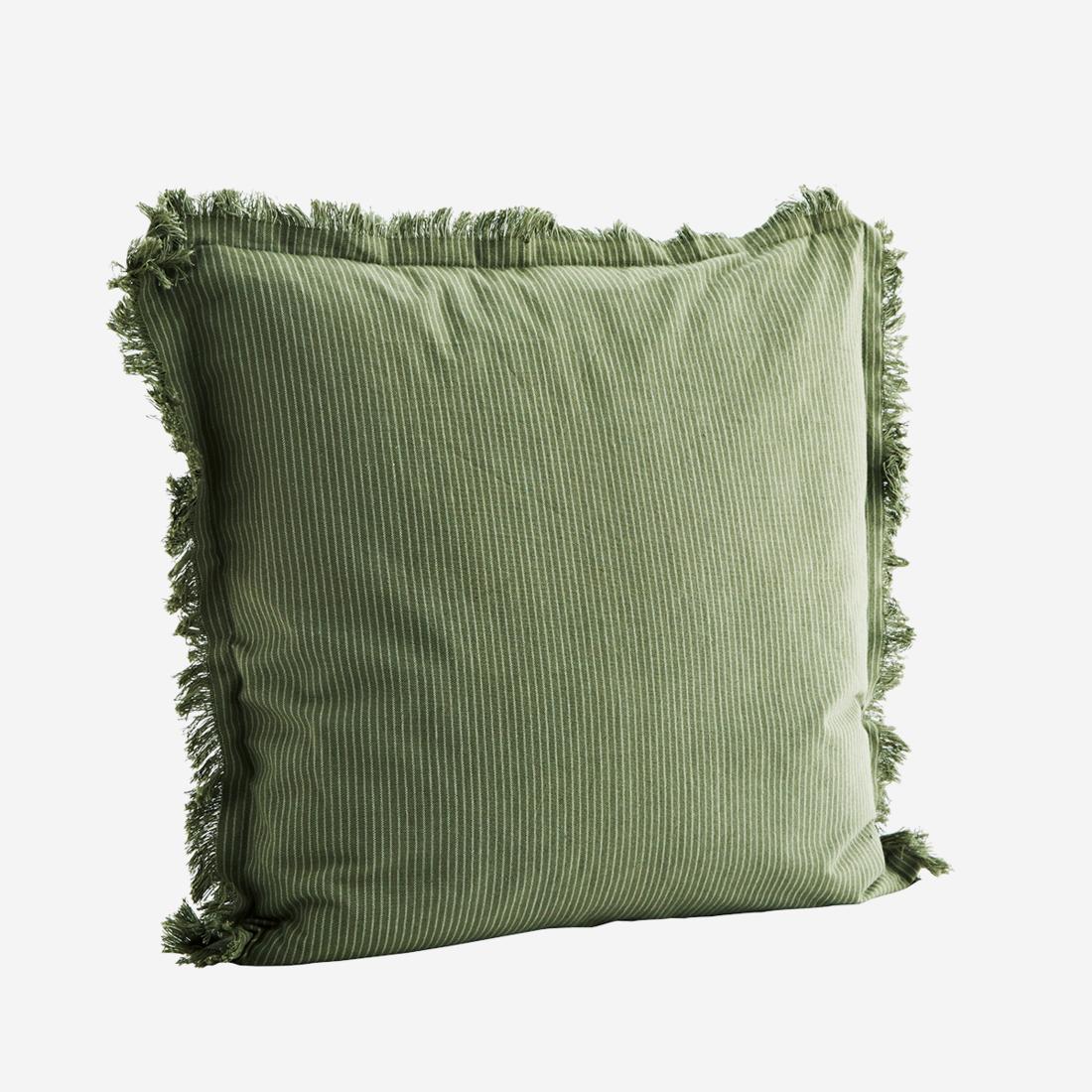 Kissen mit Fransen grün mit weissen Streifen