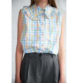 SLEEVELESS COLLAR BLOUSE