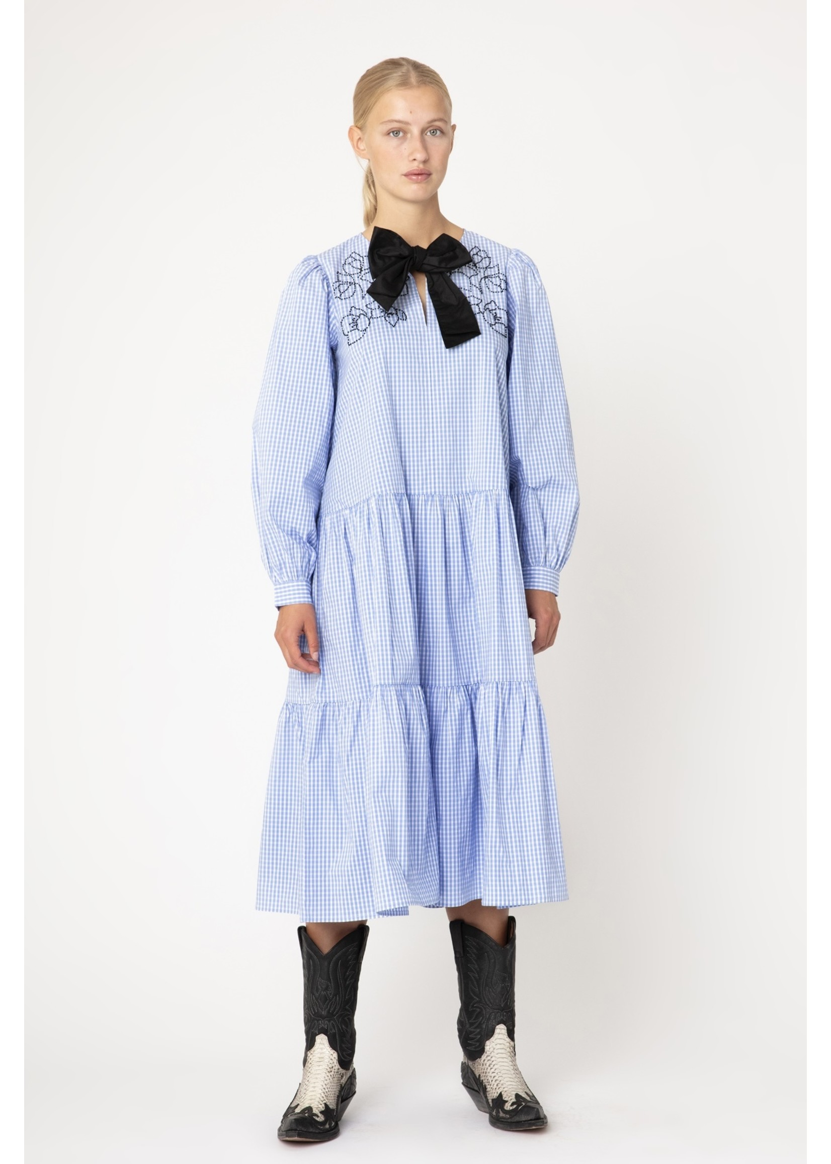 PEARL DRESS SKY