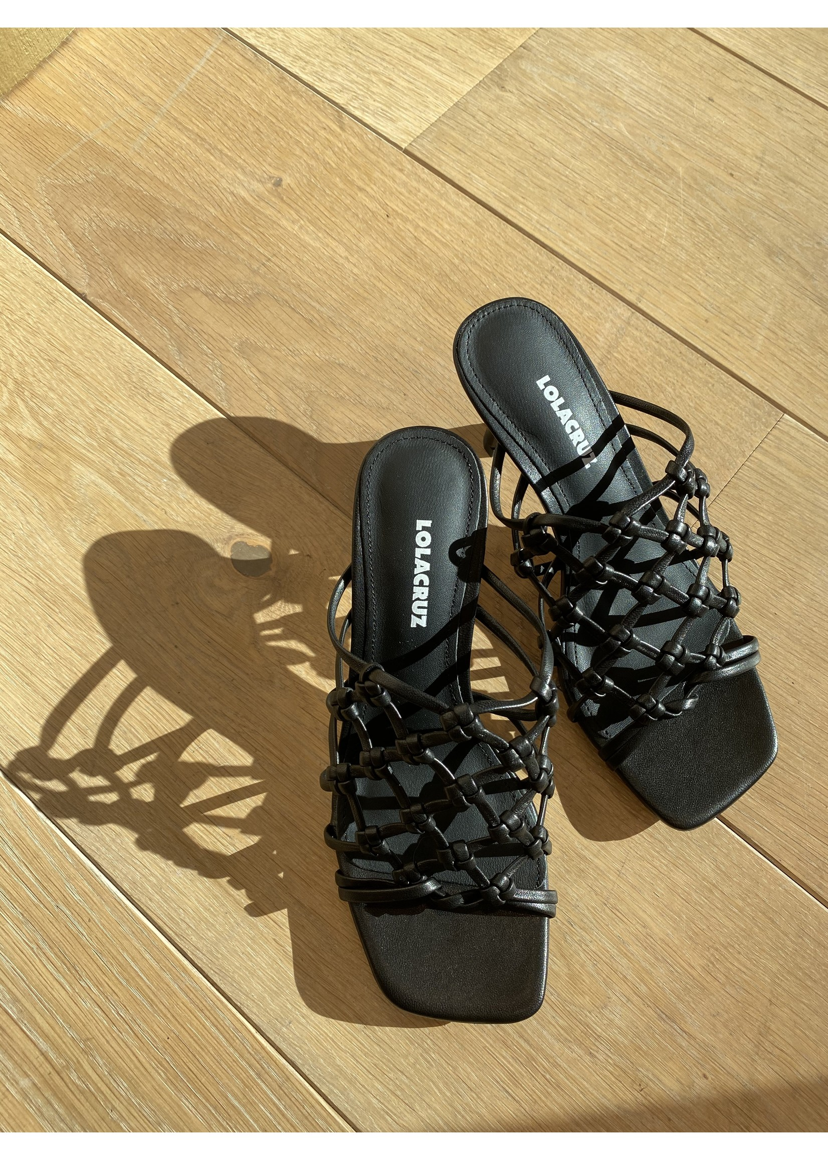 KNOTTED HEELS  BLACK