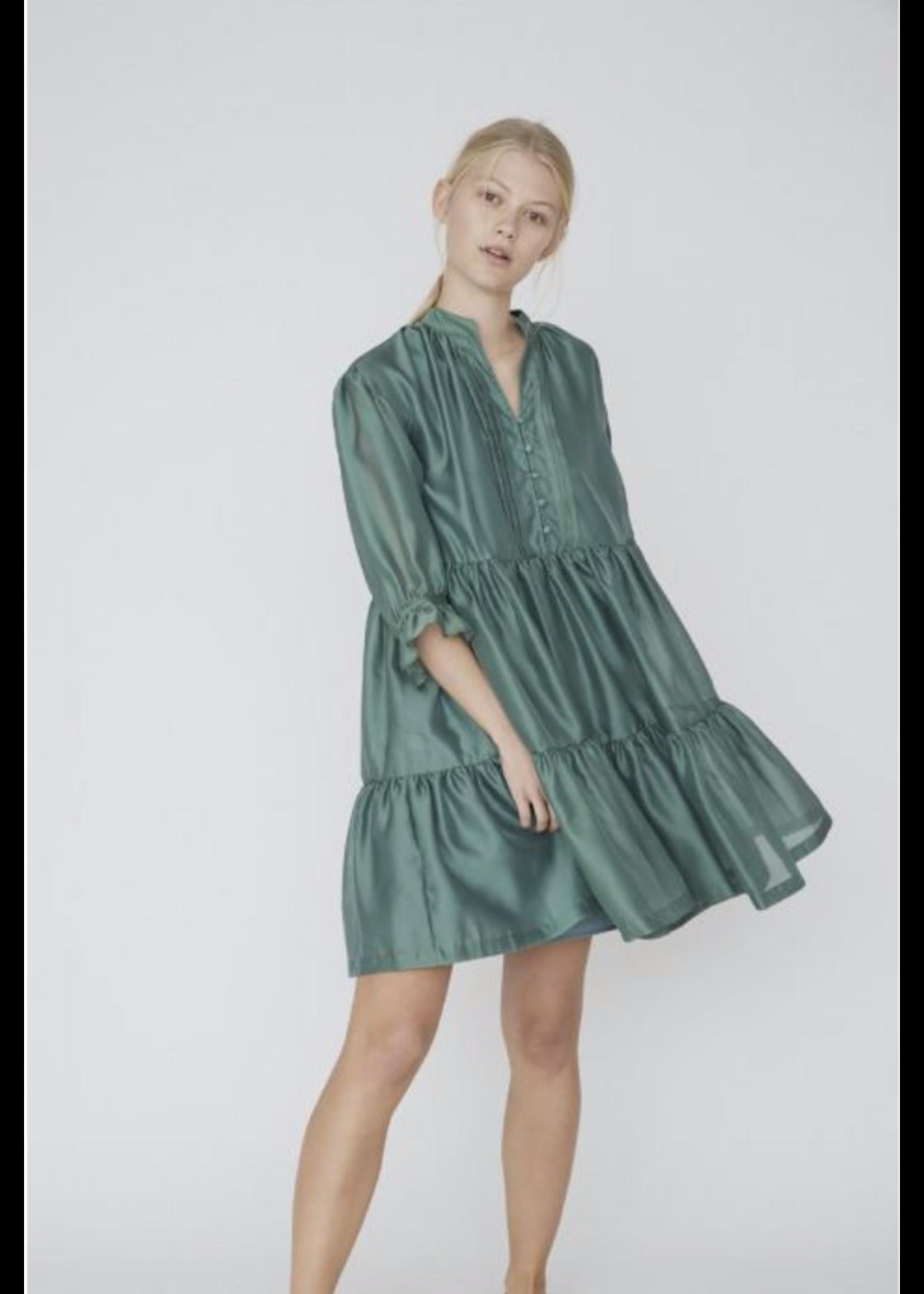 SHORT  RUFFLE DRESS