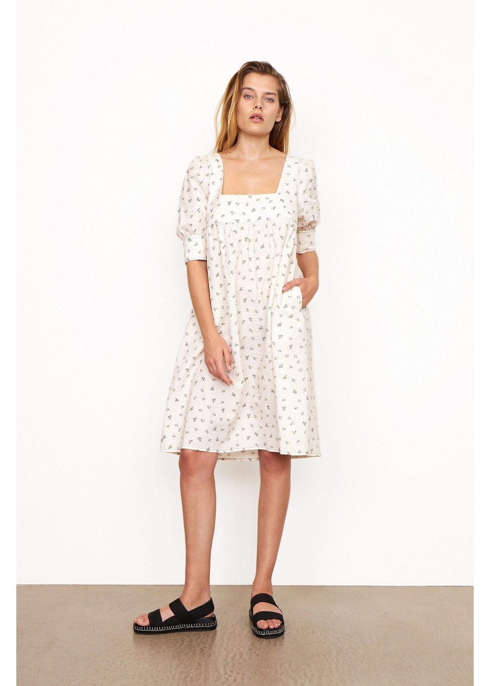 SEERSUCKER SHORT DRESS