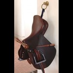 Dy on Saddle T Hanger Navy