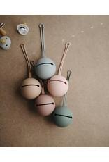 Mushie Boîte de rangement pour tétines - Blush