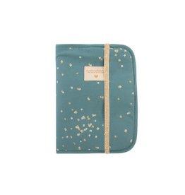 nobodinoz Protège-carnet de santé Poema - Magic Green Gold Confetti / Magic Green
