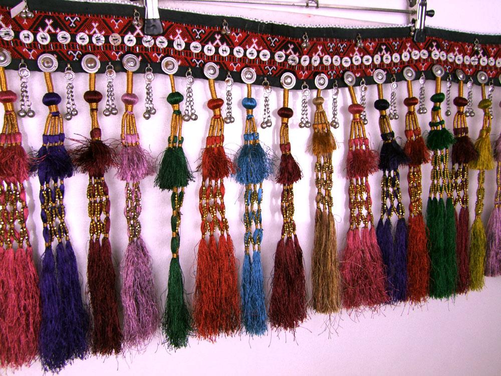 Tribal Hüftgürtel mit Bommeln/ Quasten
