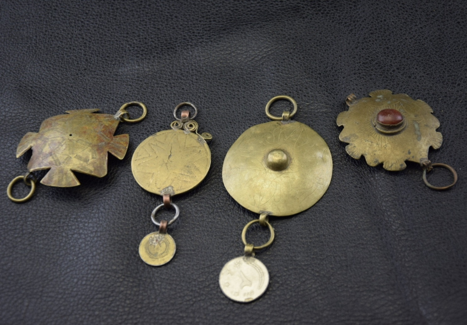 4 pcs Tribal discs