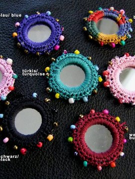 Mirrors 4 cm with beads