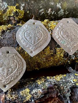 Gilet amulet