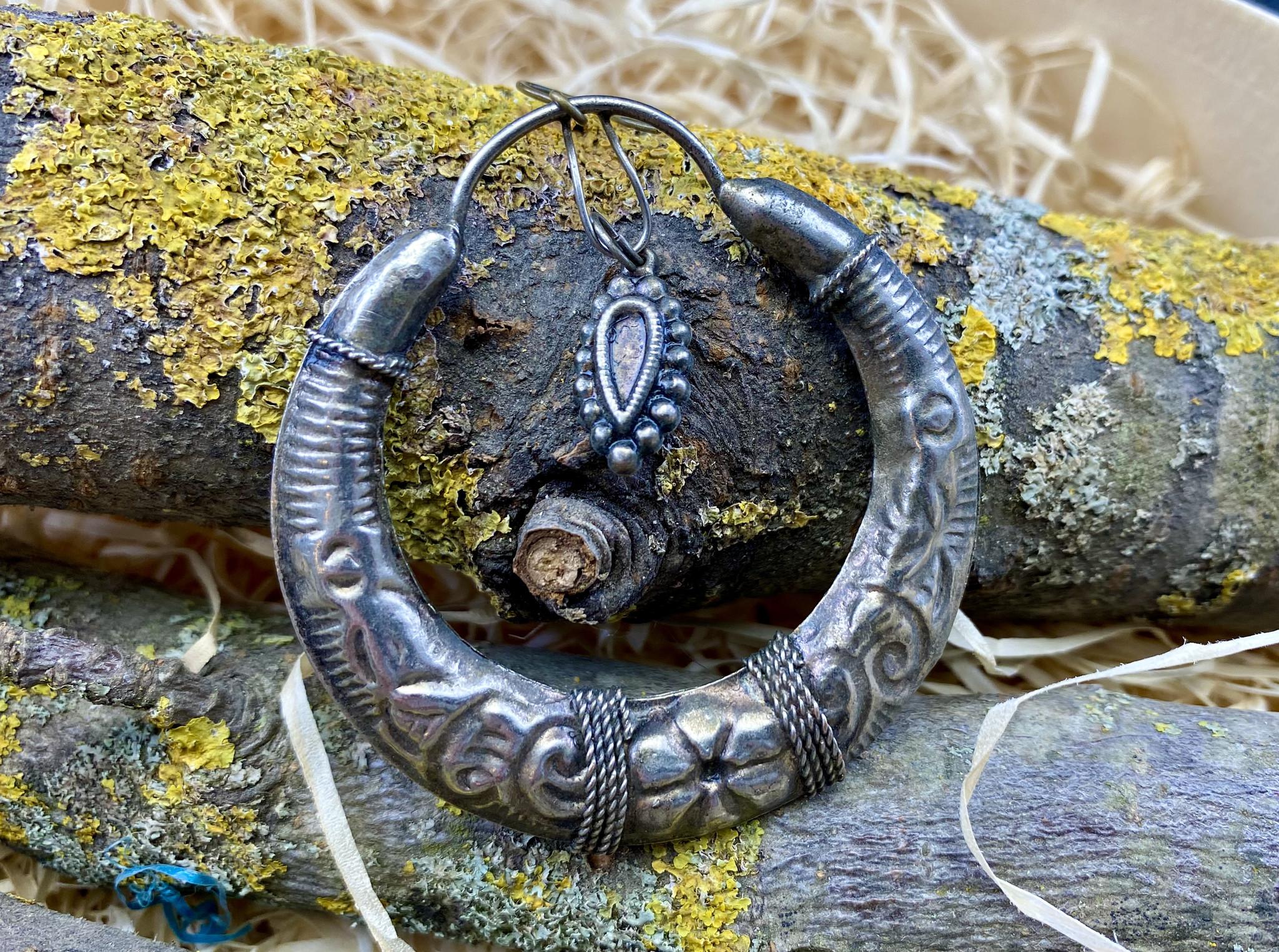 1 Tribal Earring