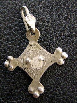1 Tuareg Earring
