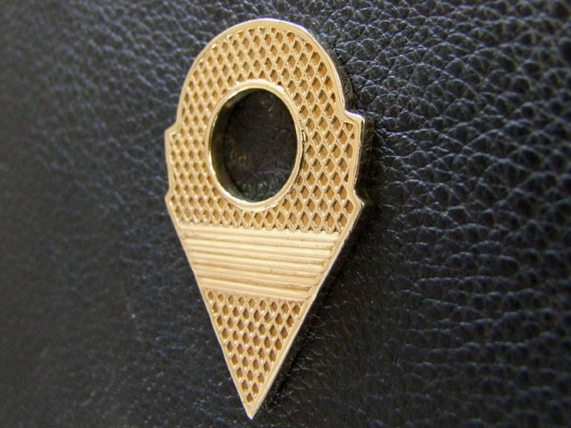 Talhakimt pendant, brass