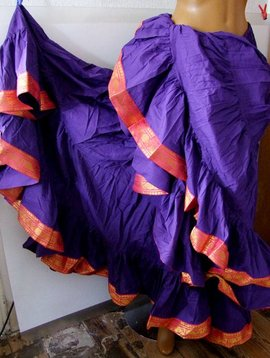 25 yards Tribalskirt with trimming purple