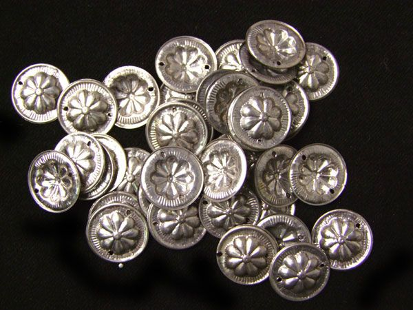Tribal Gillet Plättchen Silber