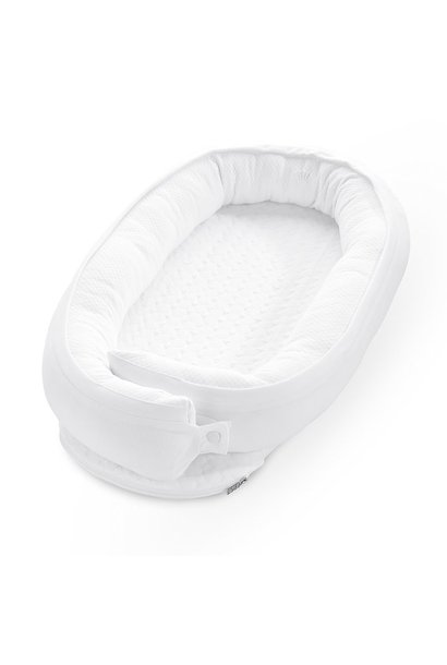 Baby nest cot reducer First