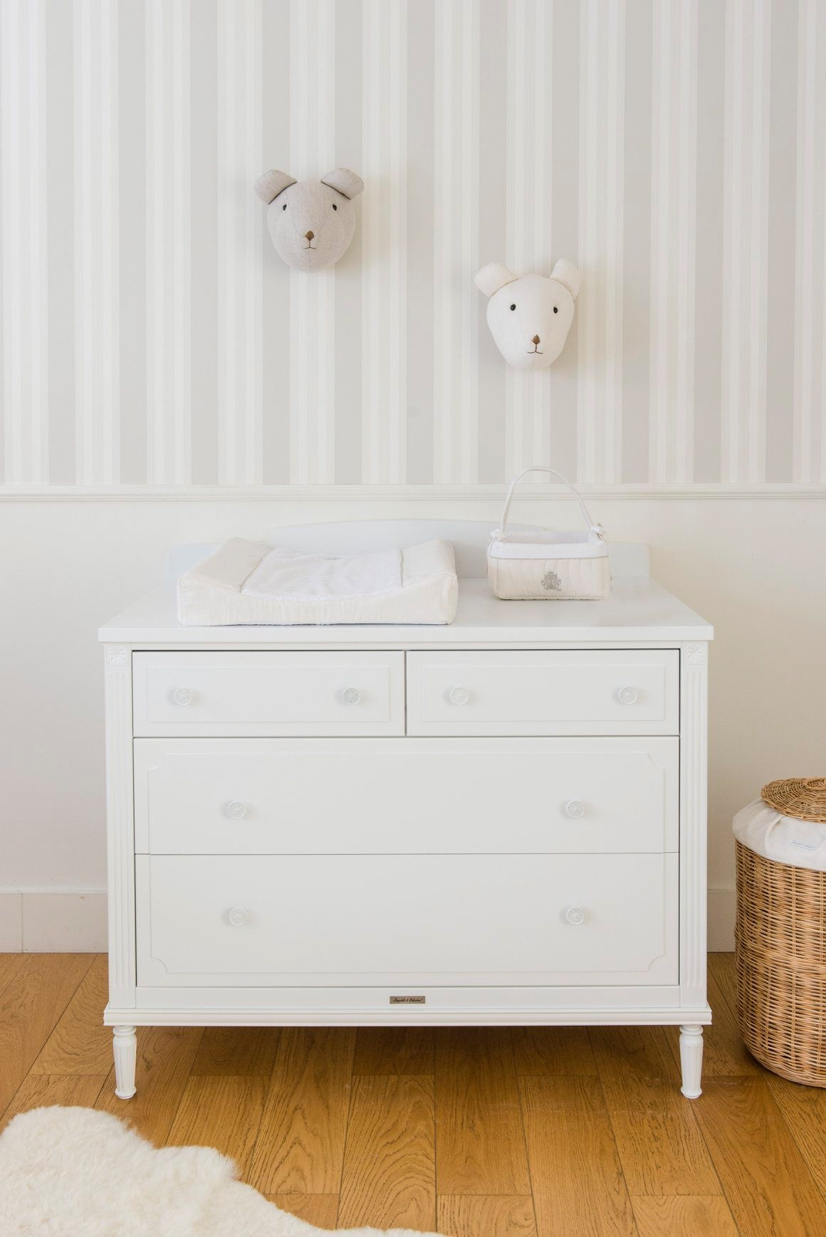 Commode Louis Theophile & Patachou-5