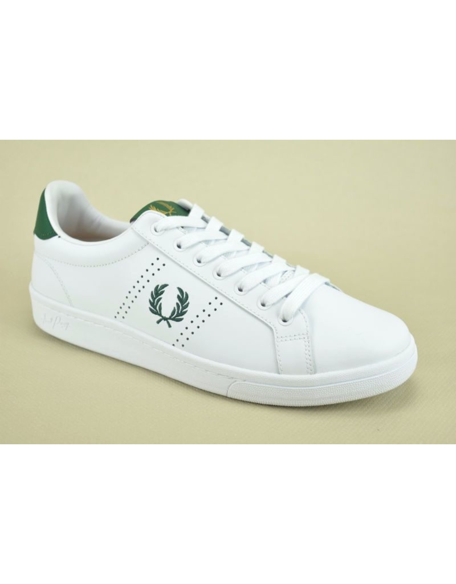 Fred Perry 7868 wit