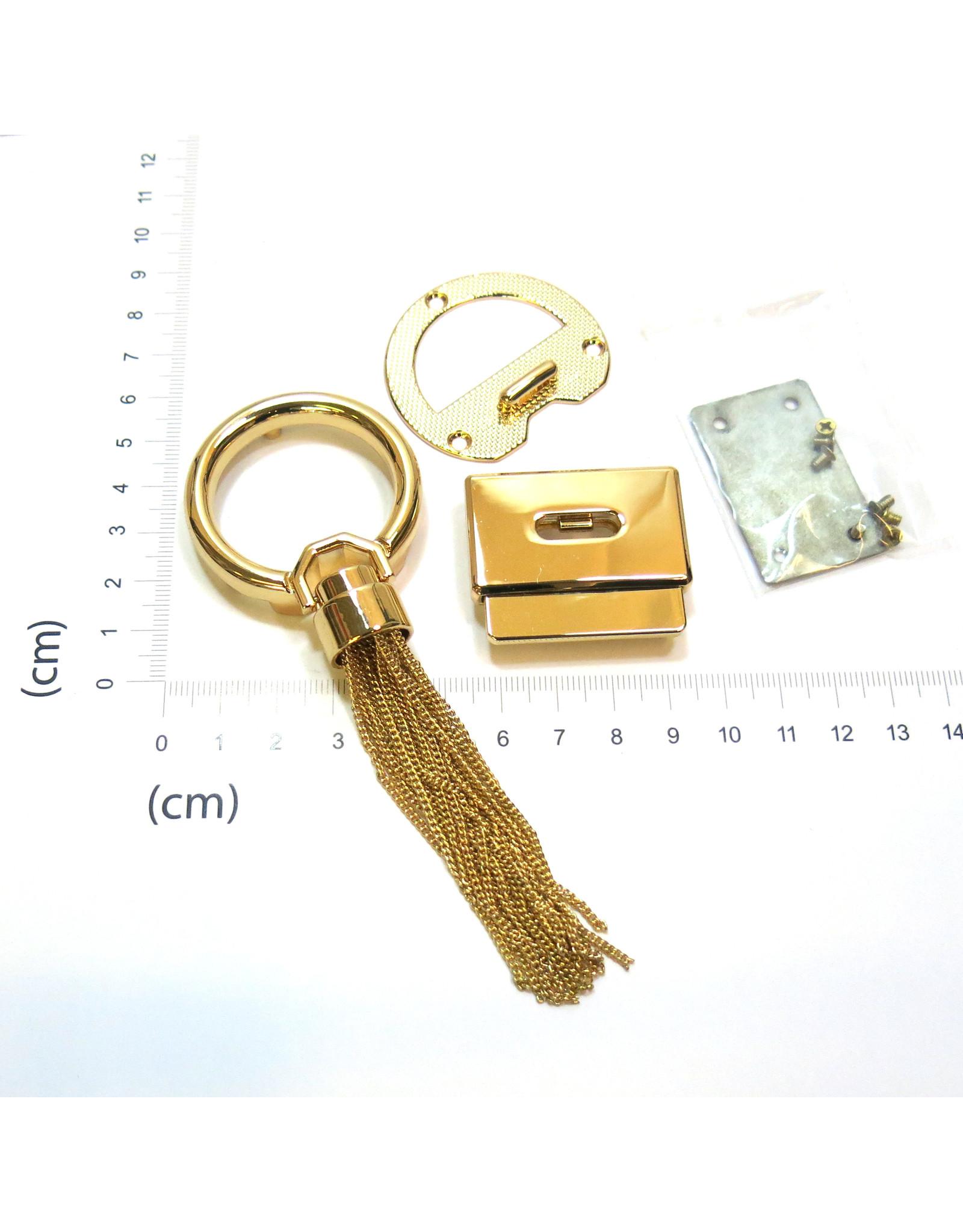 Purse/bag lock with metal tassel