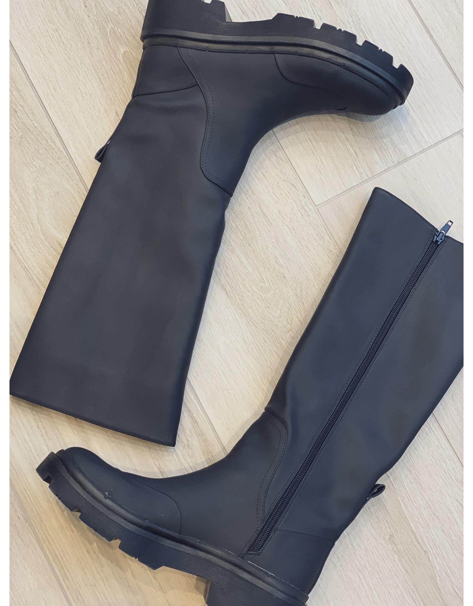 Vanessa Wu BLACK RAIN BOOTS